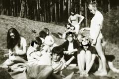 Na louce pod ZŠ - třída KIIIA 1971