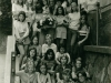 Společné foto před školou - třída KIIIA 1973