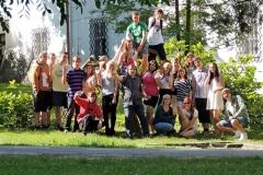 Společné foto třída 2.G - v zámeckém parku 2014